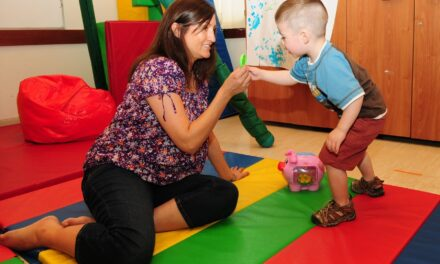 What Does An Occupational Therapist Do For A Child ?