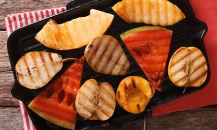 Healthy Holiday Baking Treat Ideas: The Perfect Barbecue Grilled Apples Recipe For Your Party