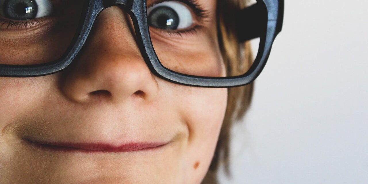 15 Key Warning Signals About Eye Health in Children You Shouldn't Ignore
