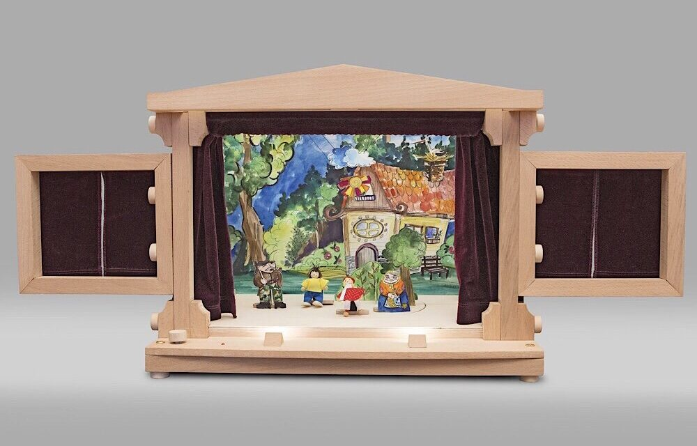 Klimbo Wooden Puppet Тheater: Interview with Toy Designer and Inventor Ivo Timanov